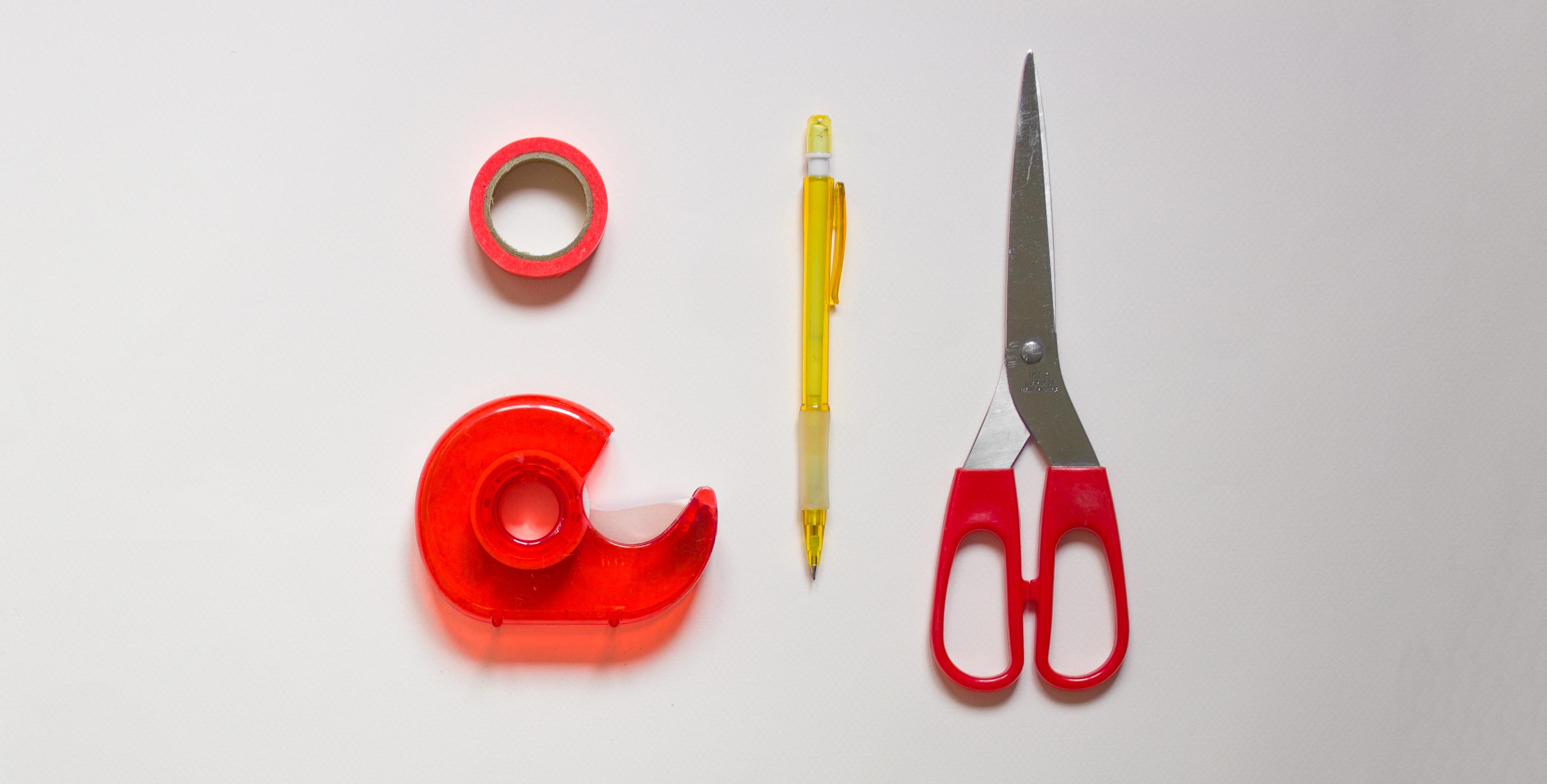 outils pratiquent pour faire des patrons de couture
