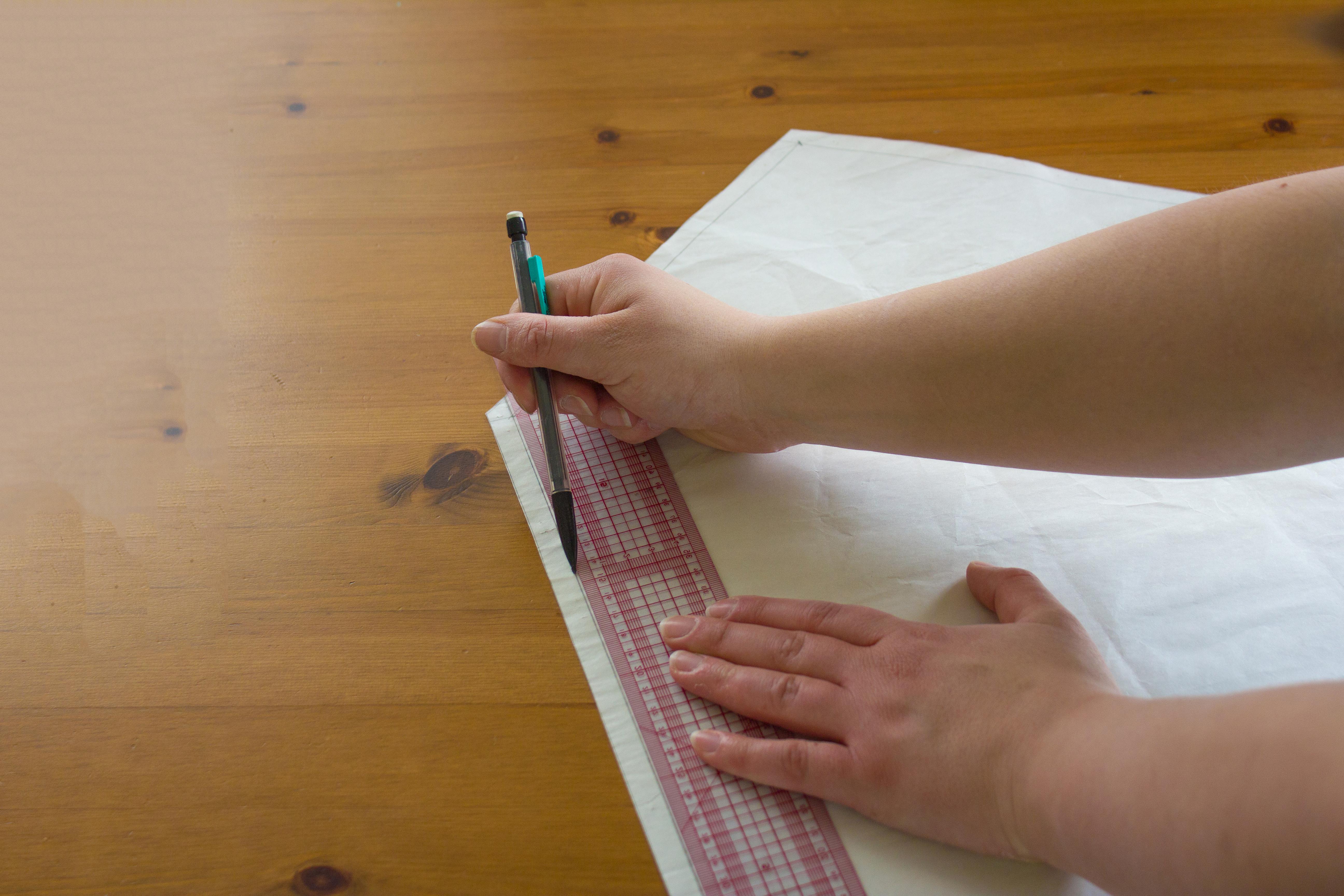 faire son patron de couture facile : pochette enveloppe