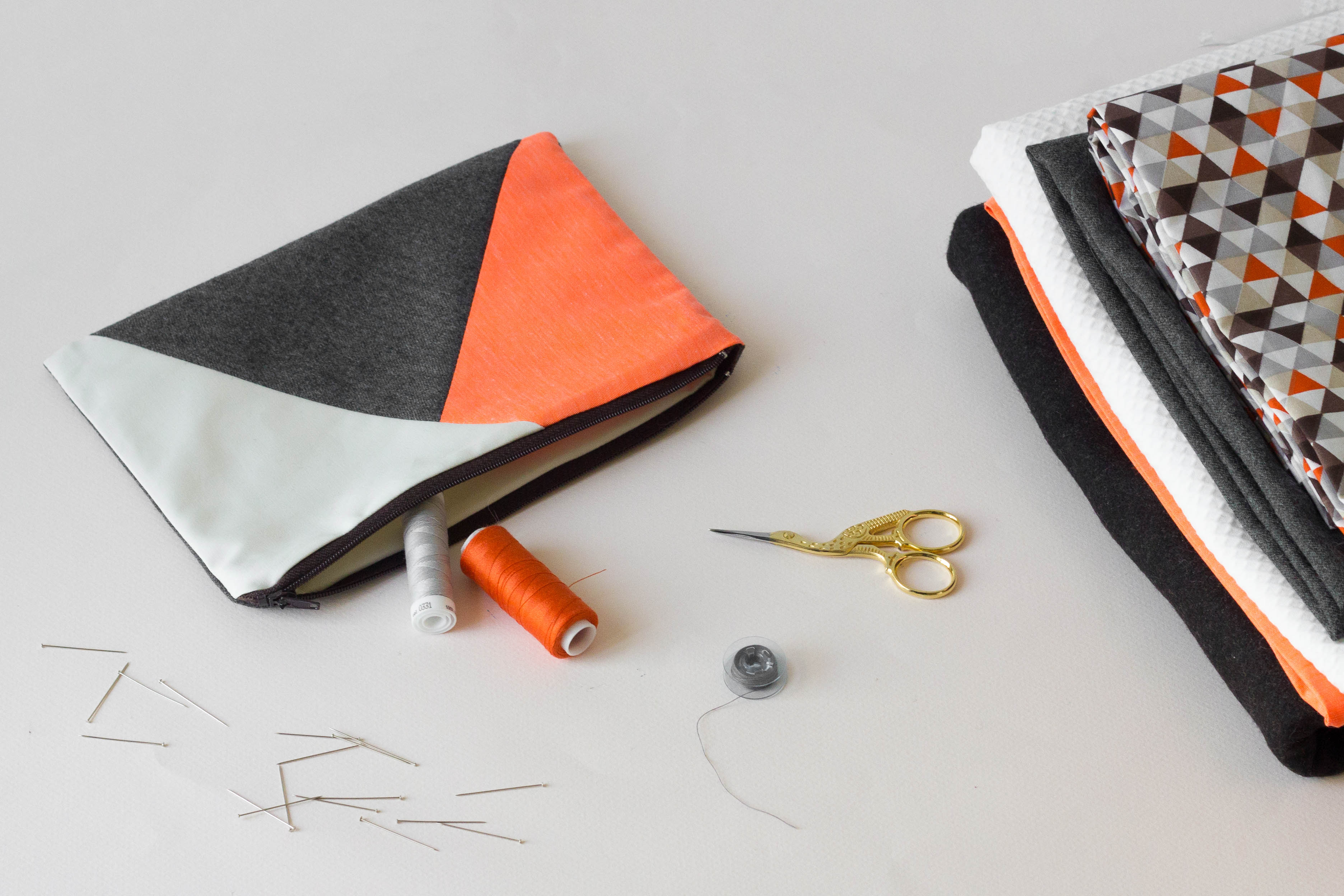 Atelier couture débutant pochette à fermeture éclair
