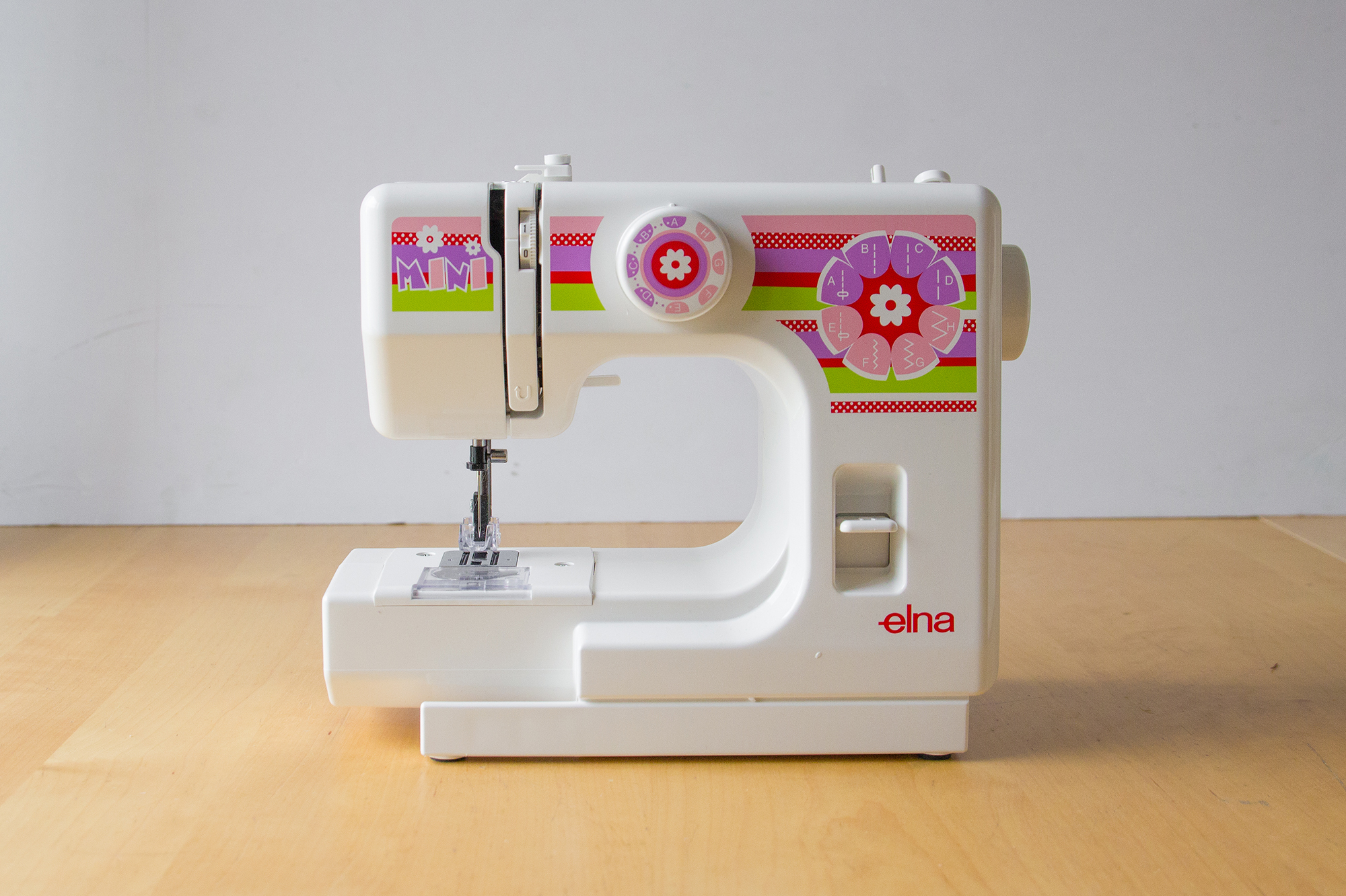 Elna mini machine à coudre pour enfant