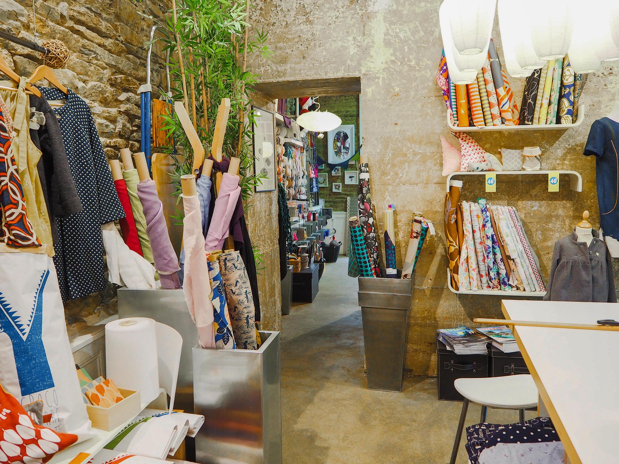 12 magasins de tissu rennes couture d butant. Black Bedroom Furniture Sets. Home Design Ideas