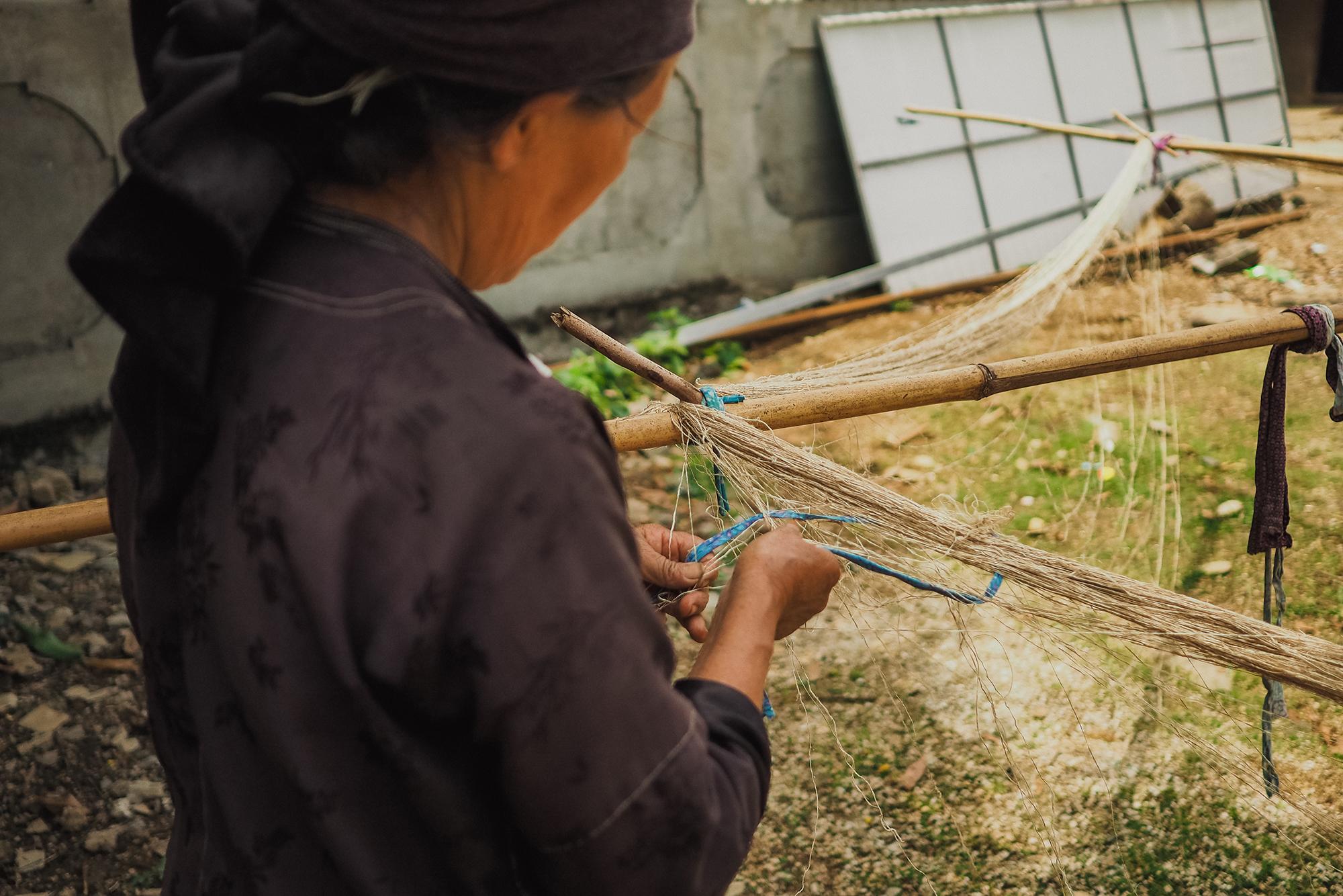 Préparation de la fibre de lin au vietnam