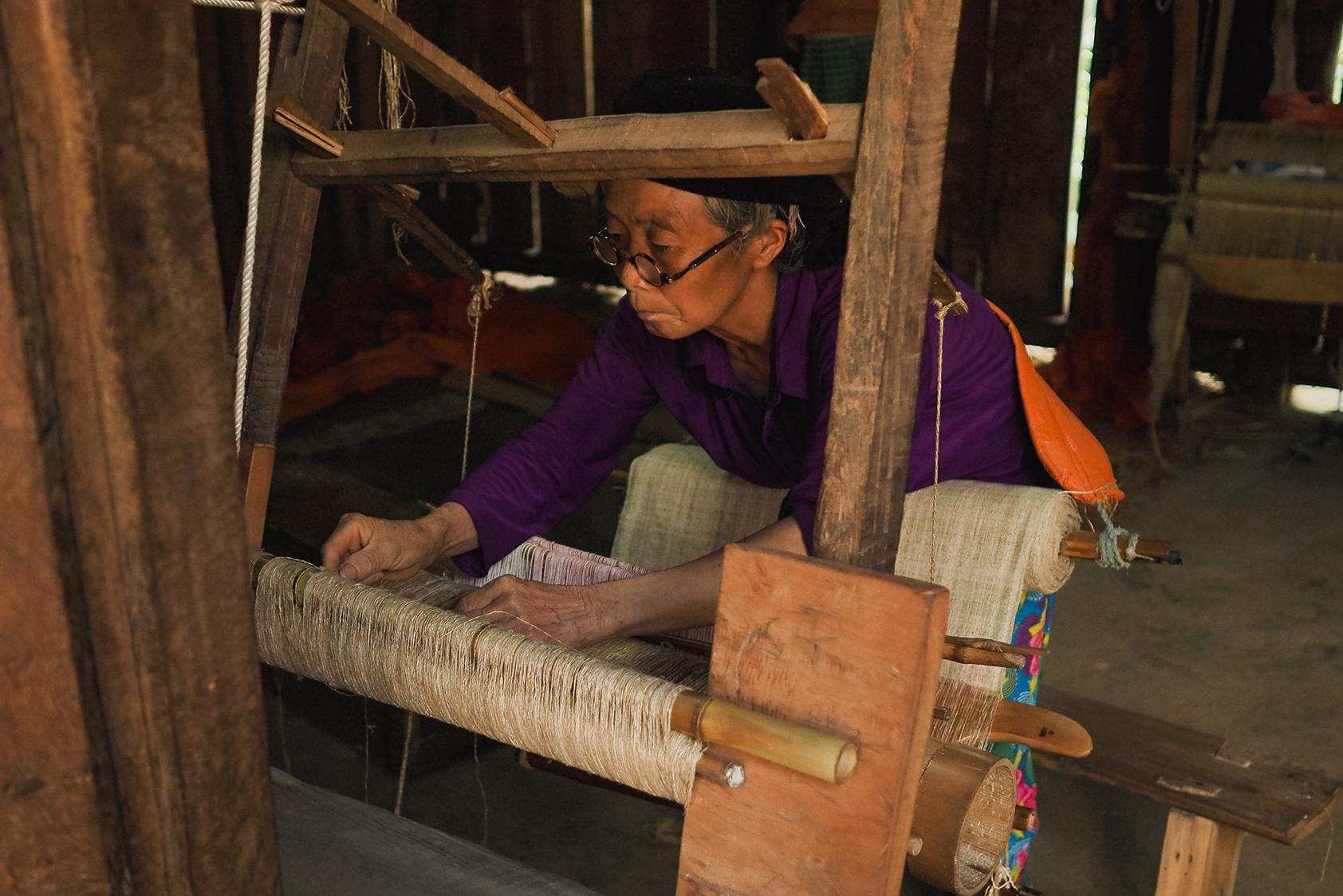 tissage du lin au vietnam